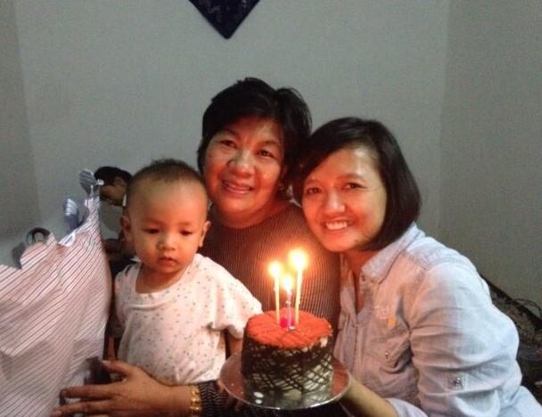 si nenek ulang tahun